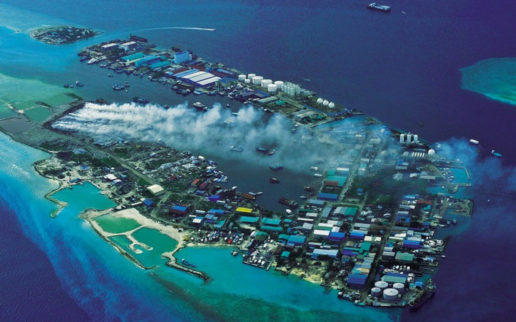 perierga.gr - Thilafushi: Το νησό-χωματερή των Μαλδίβων!