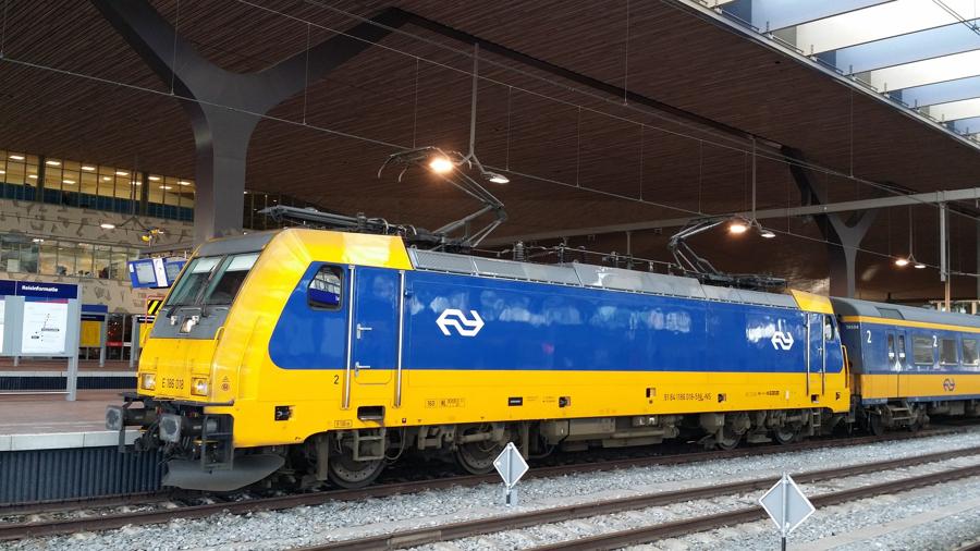 perierga.gr - Τα τρένα στην Ολλανδία κινούνται πλέον μόνο με αιολική ενέργεια!