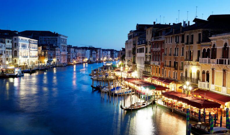 perierga.gr - Η Βενετία κινδυνεύει να εξαφανιστεί σε 100 χρόνια!