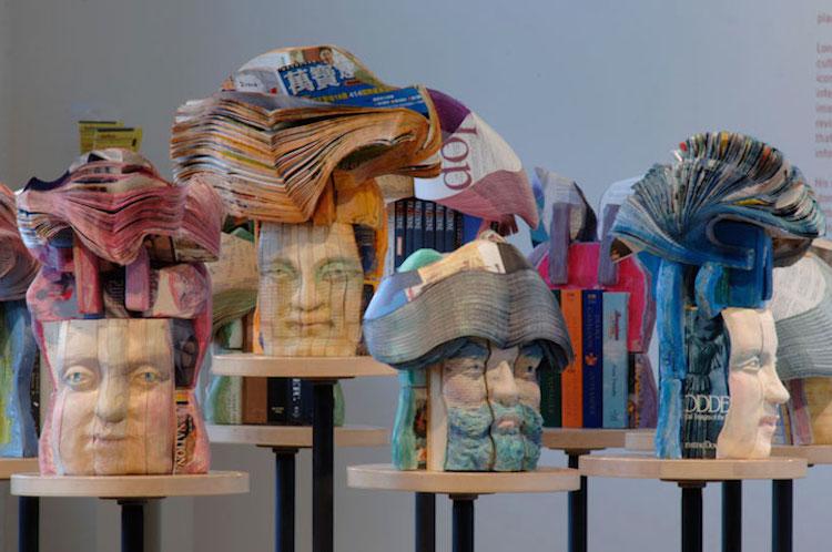 perierga.gr - Εντυπωσιακά έργα τέχνης κατασκευασμένα από... βιβλία!