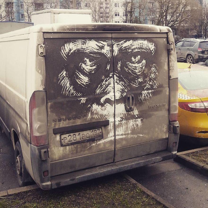 perierga.gr - Γκράφιτι σε βρόμικα αυτοκίνητα!