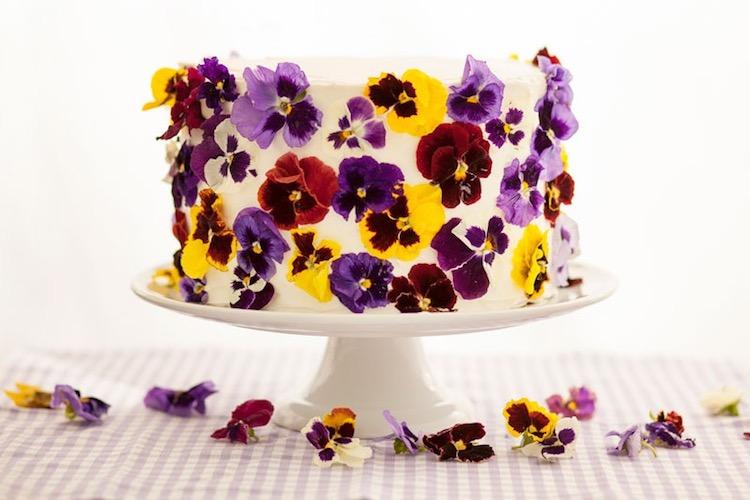 perierga.gr - Υπέροχες τούρτες με εδώδιμα λουλούδια!