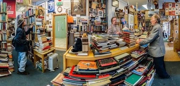 perierga.gr - Το 10% των Ισλανδών έχει γράψει βιβλίο!