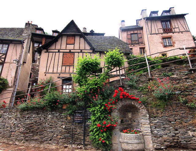 perierga.gr - Υπέροχο μεσαιωνικό χωριό!