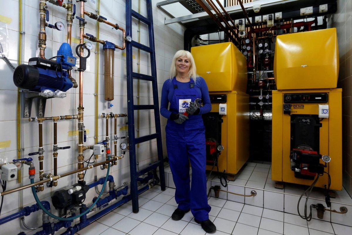 perierga.gr - Γυναίκες εν ώρα εργασίας στον κόσμο!