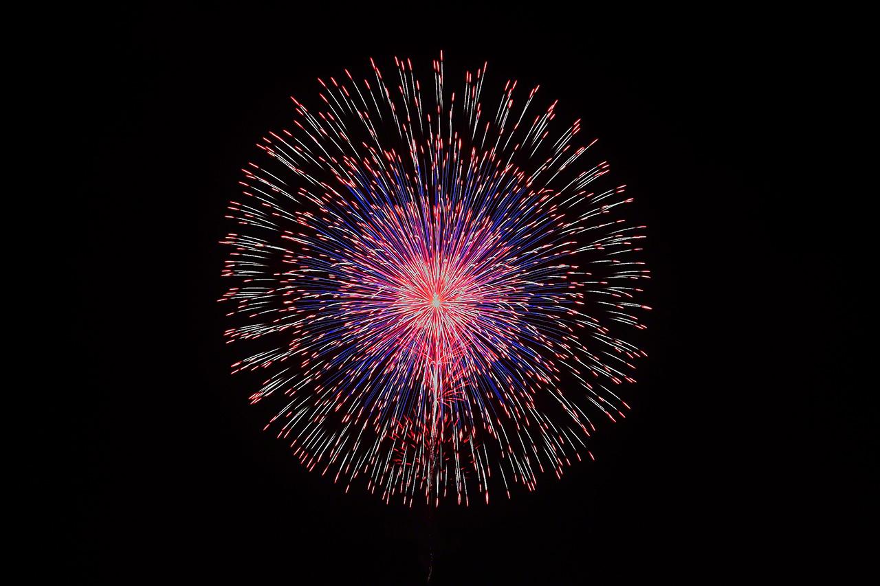 perierga.gr - Kορυφαίο φεστιβάλ πυροτεχνημάτων στην Ιαπωνία!
