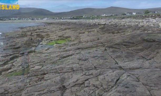 perierga.gr - Επέστρεψε στην Ιρλανδία παραλία που «εξαφανίστηκε» πριν από 33 χρόνια