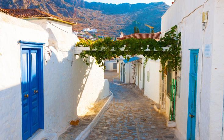 perierga.gr - Βόλτα στα σοκάκια ελληνικών νησιών