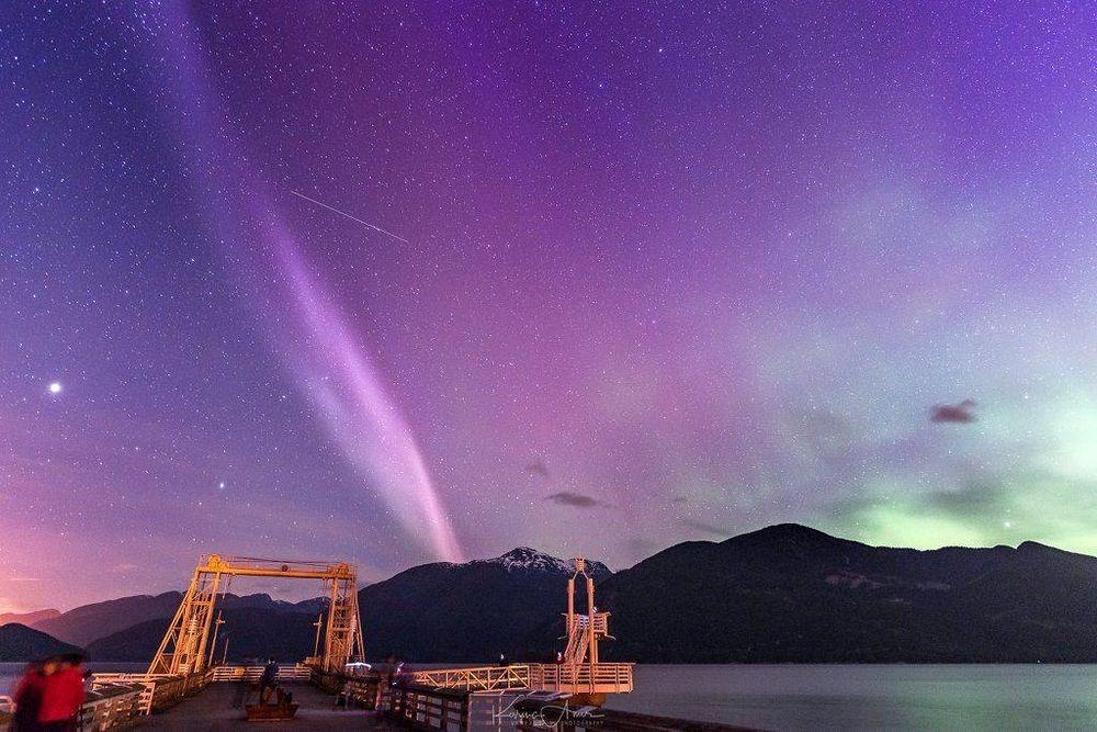 perierga.gr - Steve: Ένα νέο εντυπωσιακό ατμοσφαιρικό φαινόμενο!