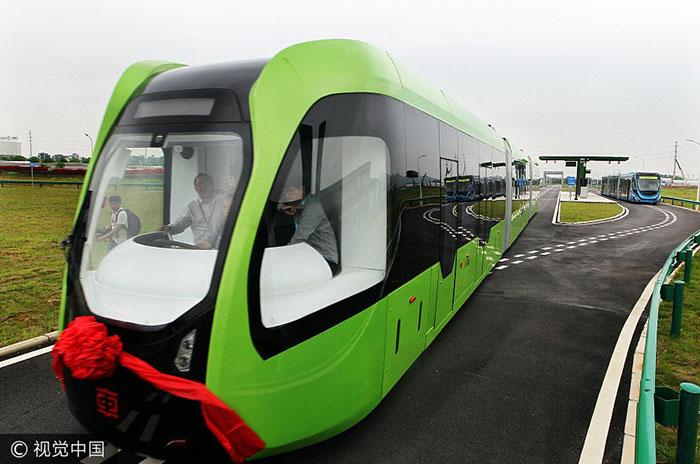 perierga.gr - Τρένο χωρίς οδηγό στην Κίνα!