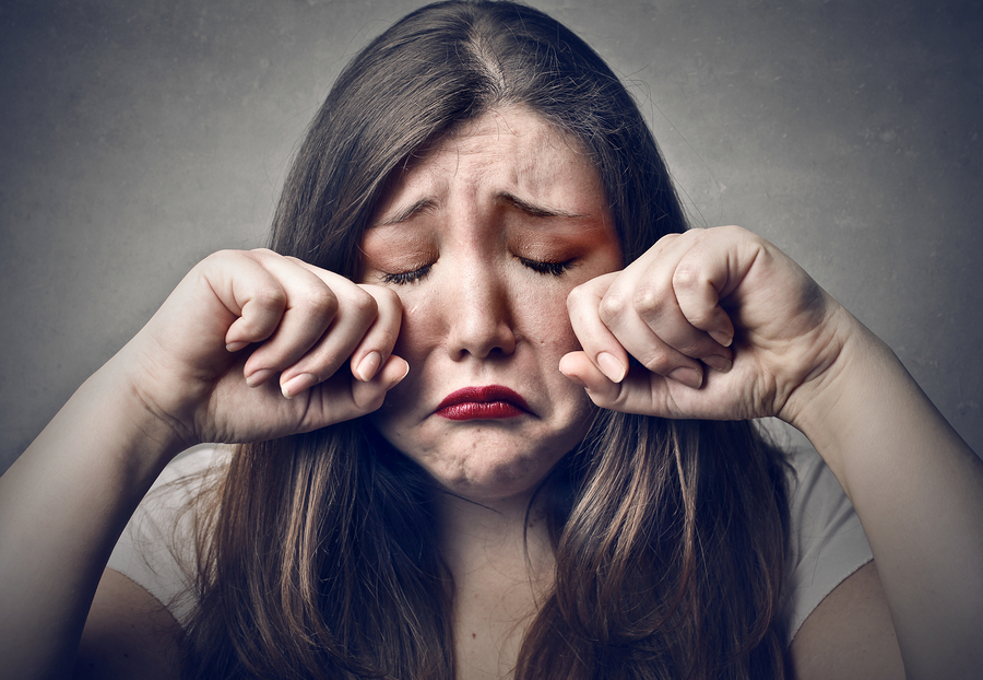 perierga.gr - Οι άνθρωποι που κλαίνε στις ταινίες είναι οι πιο δυνατοί!