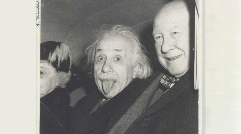 perierga.gr - Η θρυλική φωτογραφία του Αϊνστάιν με την γλώσσα έξω πουλήθηκε 125.000 δολάρια