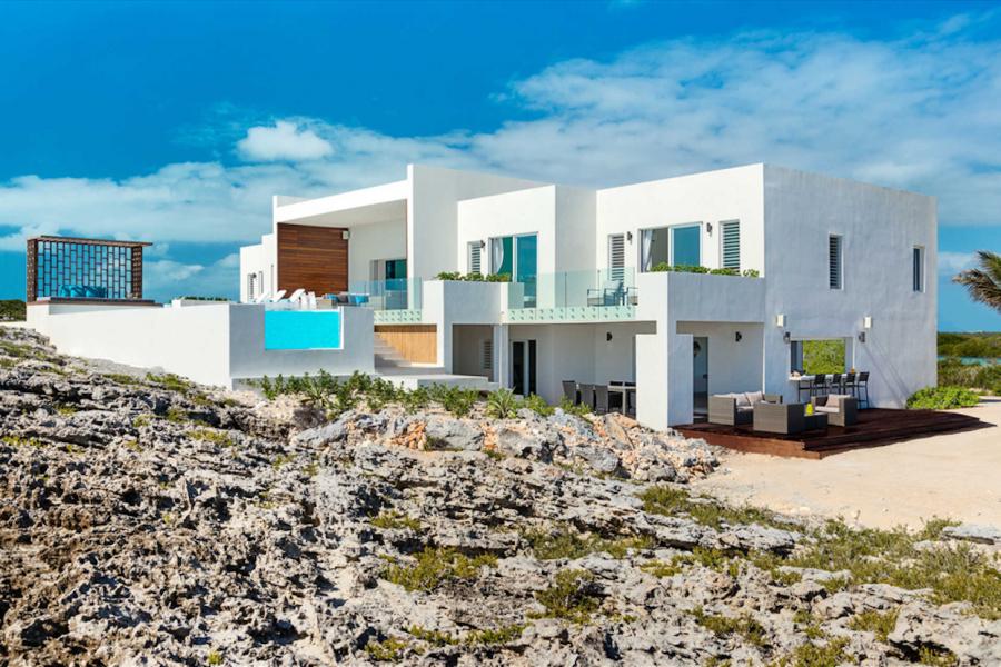 perierga.gr - Μοναδική κατοικία στο απέραντο γαλάζιο!