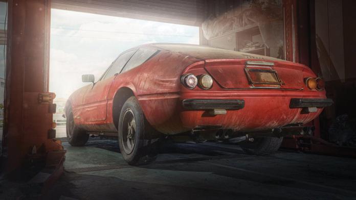 perierga.gr - Βρέθηκε σε αποθήκη σπάνια Ferrari!