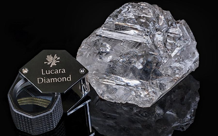 perierga.gr - Το δεύτερο μεγαλύτερο διαμάντι στον κόσμο πουλήθηκε 44 εκατ. ευρώ!
