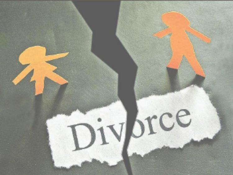 perierga.gr - Για να χωρίσεις πρέπει να αποτύχεις στις εξετάσεις...