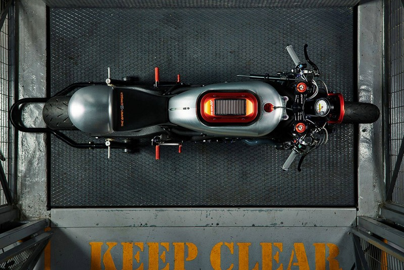 perierga.gr - Η πρώτη ελληνική μοτοσικλέτα κλέβει τις εντυπώσεις
