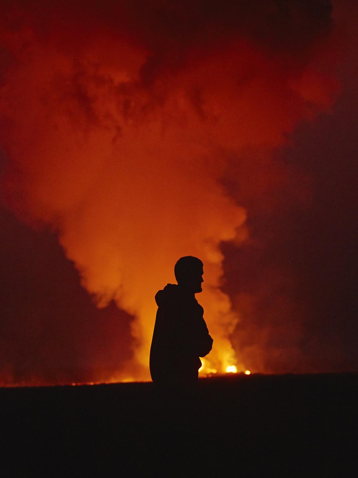 perierga.gr - Φωτογράφος απαθανάτισε την μακρύτερη σε διάρκεια έκρηξη ηφαιστείου