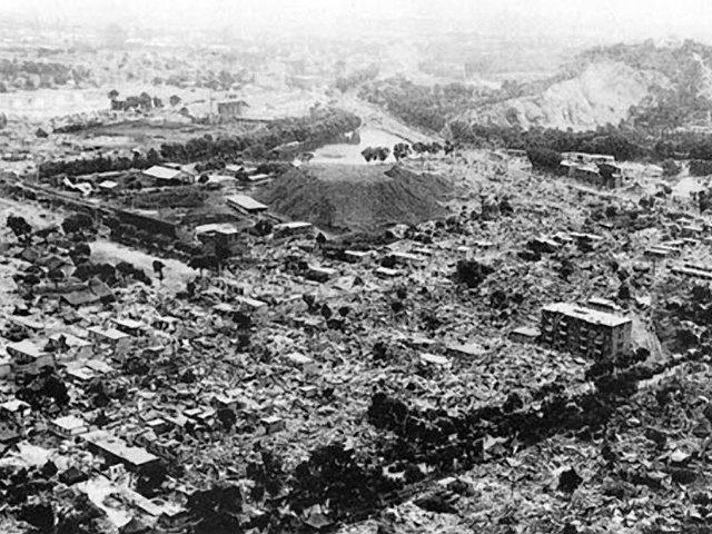 perierga.gr - Ο φονικότερος σεισμός στοίχισε τη ζωή σε 830.000 άτομα!