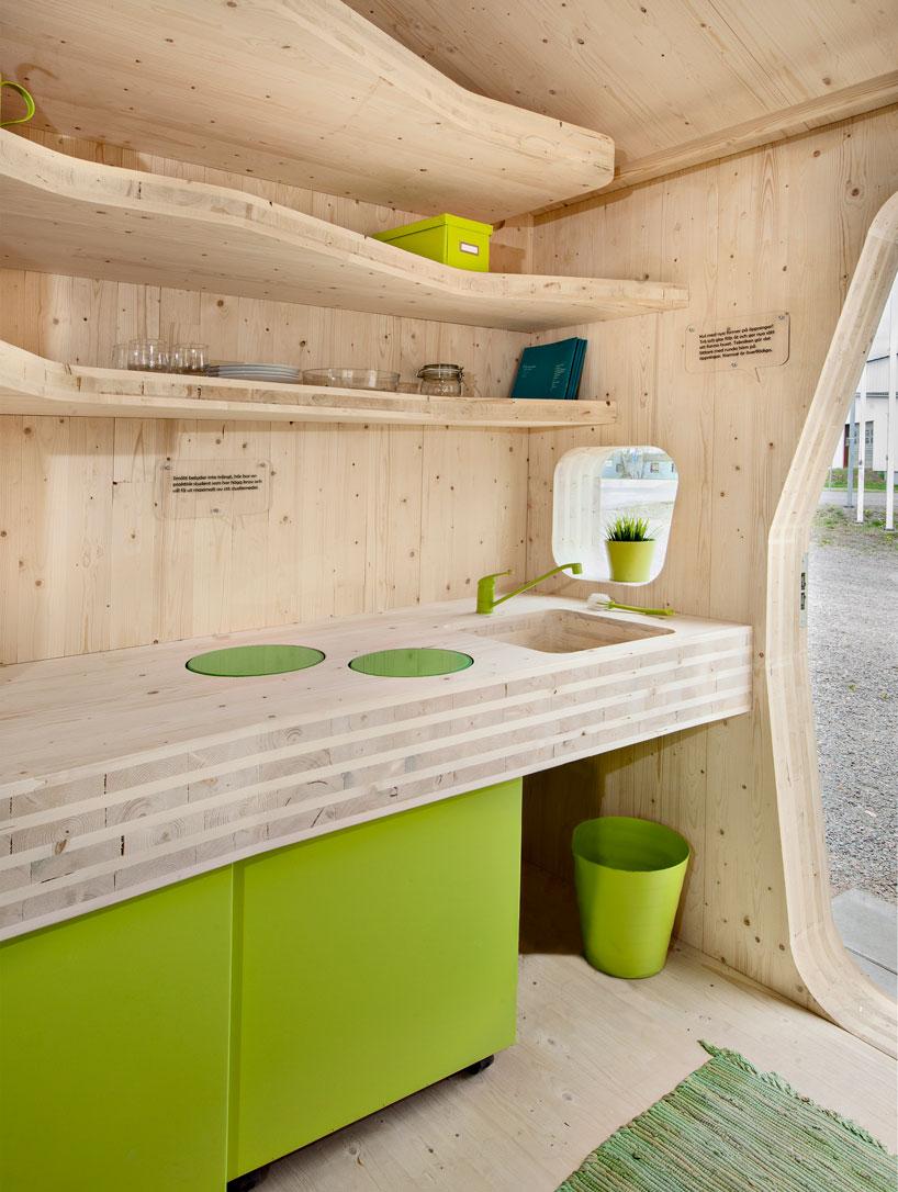 perierga.gr - Απίθανο μικρό φοιτητικό σπίτι 10 τετραγωνικών!