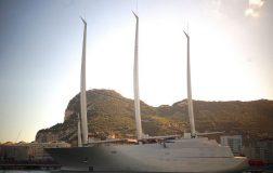 Perierga.gr-Το μεγαλύτερο σούπερ γιότ του κόσμου
