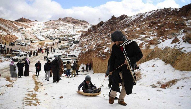 Perierga.gr - Χιόνισε στη Σαουδική Αραβία - Εντυπωσιακές εικόνες!