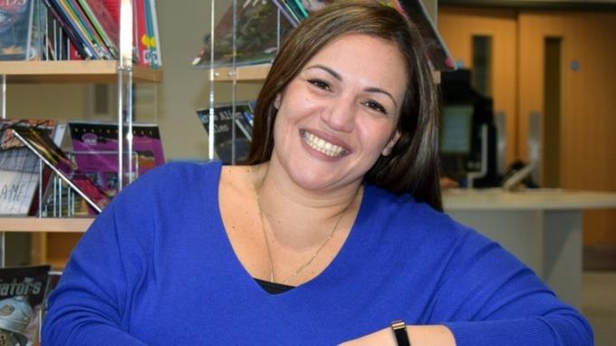 Perierga.gr - Η Ελληνοκύπρια που αναδείχθηκε η καλύτερη δασκάλα του κόσμου