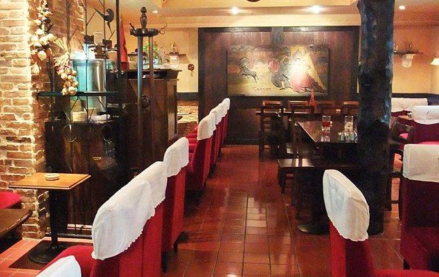 Perierga.gr - Σε αυτό το εστιατόριο πληρώνει το λογαριασμό πλένοντας πιάτα!