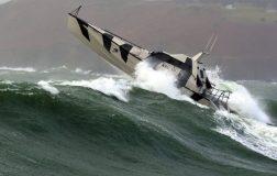 Perierga.gr - Ένα επαναστατικό σκάφος που είναι αδύνατο να βυθιστεί