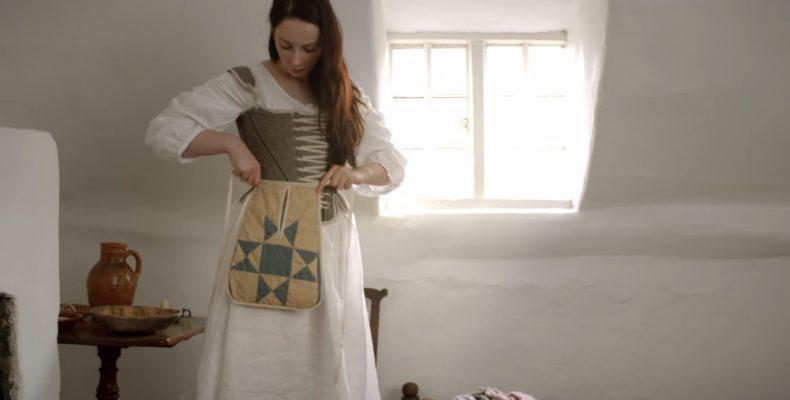 Perierga.gr - Πόσο χρόνο χρειάζονταν οι γυναίκες του 18ου αιώνα για να ετοιμαστούν το πρωί;