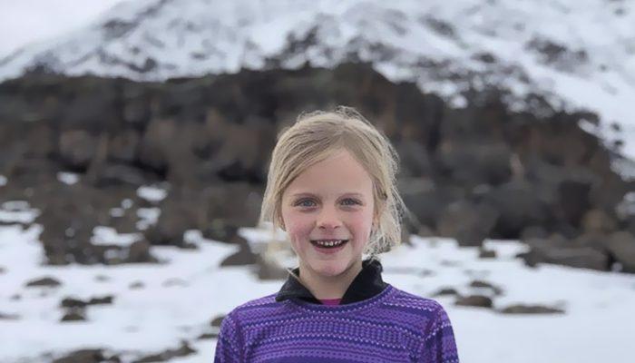 Perierga.gr - Μια 7χρονη η νεότερη που ανέβηκε στο όρος Κιλιμάντζαρο