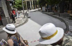 Perierga.gr - O πρώτος «λευκός» δρόμος της Αθήνας είναι γεγονός