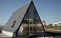Perierga.gr - Σπίτι φτιάχνεται σε 6 ώρες από τρεις εργάτες