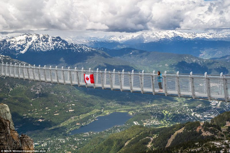 Αυτή είναι η πιο εντυπωσιακή γέφυρα του πλανήτη- Δείτε την!