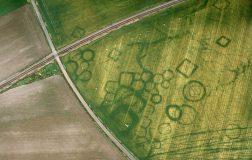Perierga.gr - Πώς ξηρός καιρός μπορεί να αποκαλύψει κρυφό αρχαιολογικούς χώρους
