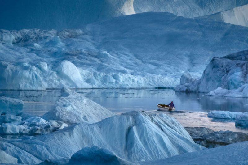 Perierga.gr - Οι... σουρεαλιστικές φωτογραφίες από ένα φιόρδ της Γροιλανδίας