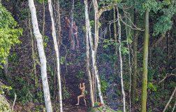 Perierga.gr - Σπάνιο βίντεο με πρωταγωνιστή το μοναδικό επιζώντα μιας φυλής του Αμαζονίου