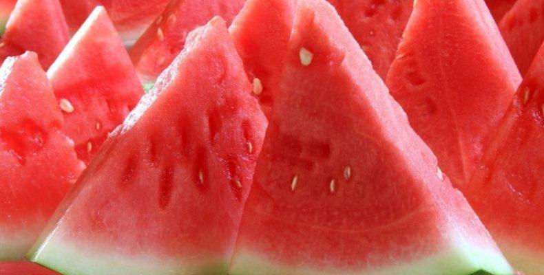 Perierga.gr - Δημιουργήστε με φρούτα, λαχανικά και ένα μαχαίρι!