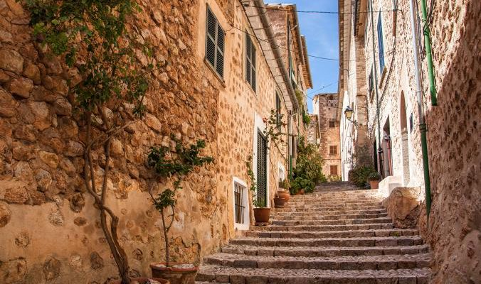 Λιγότερο γνωστά χωριά της Ευρώπης μας συστήνει το National Geographic