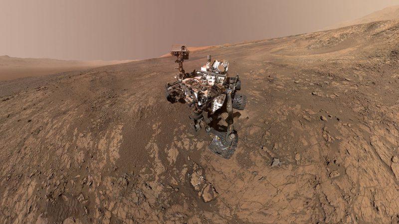 Perierga.gr - Φωτογραφίες από τον πλανήτη Άρη που έχει συλλέξει το Curiosity τα τελευταία έξι χρόνια