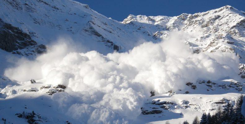Perierga.gr - Βίντεο αποκαλύπτει για πρώτη φορά τι συμβαίνει μέσα σε μια χιονοστιβάδα