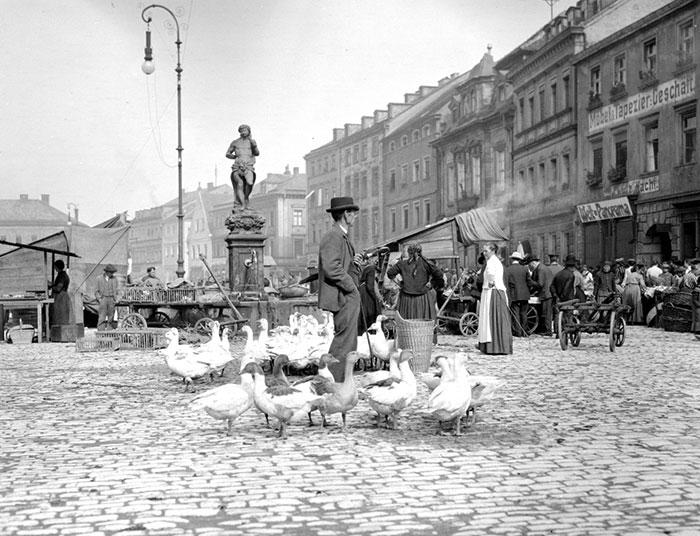 Perierga.gr - Ένα ασπρόμαυρο φωτογραφικό ταξίδι στην Ευρώπη του 1904