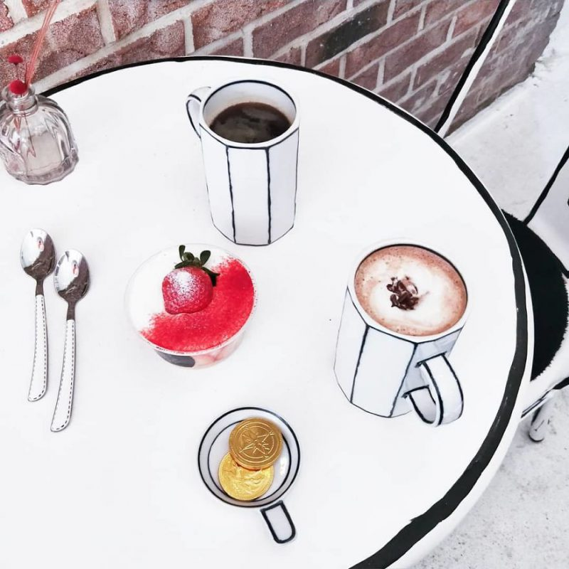 Perierga.gr - Μια περίεργη καφετέρια που θυμίζει... κόμικ!