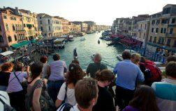 Perierga.gr - Η Βενετία θέλει να απαγορεύσει το αλκοόλ στους τουρίστες