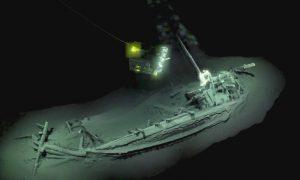 Ανακαλύφθηκε άθικτο αρχαίο ελληνικό πλοίο 2.400 ετών!