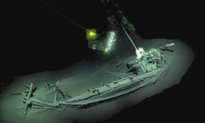 Perierga.gr - Ανακαλύφθηκε άθικτο αρχαίο ελληνικό πλοίο 2.400 ετών!