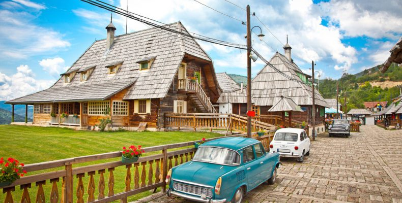 Perierga.gr - Ένα... χωριό σκηνικό ταινίας!