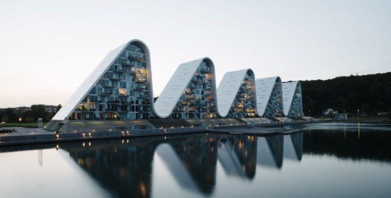 Perierga.gr - Διαμερίσματα με μορφή κύματος στη Δανία!