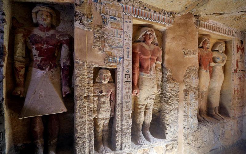 Perierga.gr - Εντυπωσιακός τάφος 4.400 ετών ανακαλύφθηκε στην Αίγυπτο!
