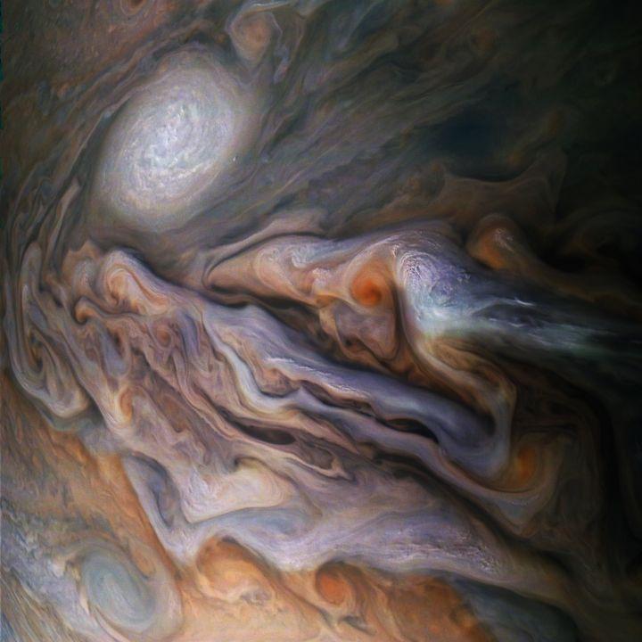 Perierga.gr - Εντυπωσιακές φωτογραφίες του πλανήτη Δία από το Juno